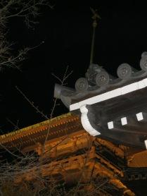 Hannatouro temple roofs