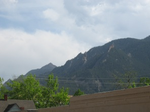 More mountains - possibly the Flatirons