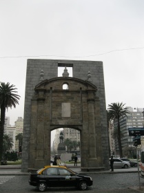 Reconstructed gate at the entrance to the old city: Puerta de la Ciudadela