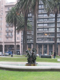 Fountain in Plaza Independencia