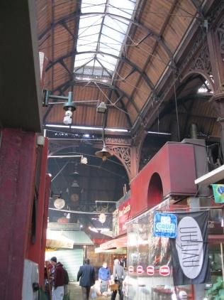 Broad view Mercado del Puerto