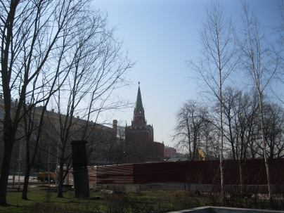 Heading to the Kremlin entrance