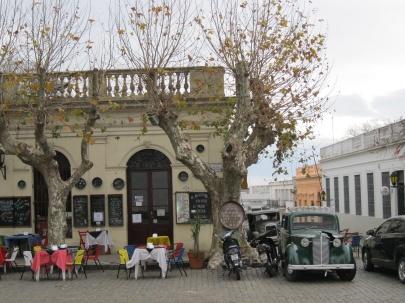 Restaurants in Colonia