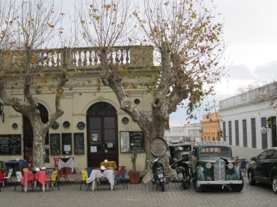Restaurants in Colonia