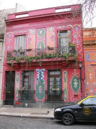 Abasto painted house near Gardel's house