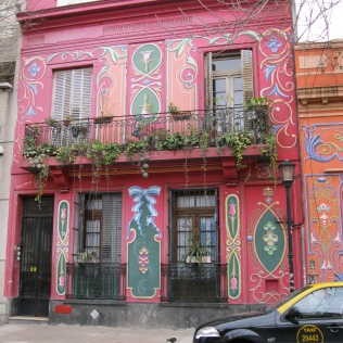 Abasto painted house near Gardel's house