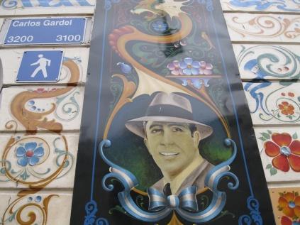 More Carlos Gardel signs!