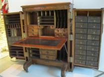 Sarmiento's Desk