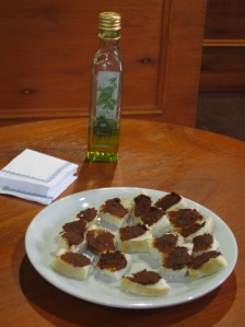 Olive oil tasting (with yummy sundried tomatoes)