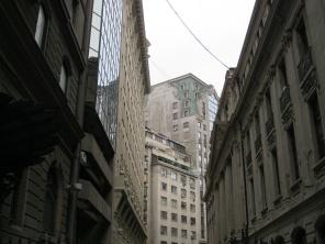 "Santiago's ""Wall Street"""