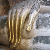 The oft-photographed Buddha hand of Wat Si Chum