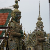 More guardian statues