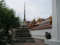 Side view Wat Pho