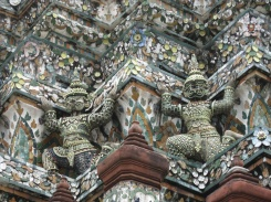Demons holding up Wat Arun