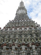 Cool geometry at Wat Arun