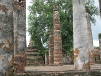 Chedi and pillars at Wat Matathat