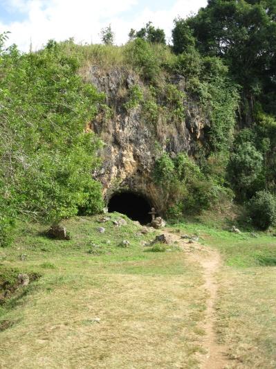 Pathet Lao cave