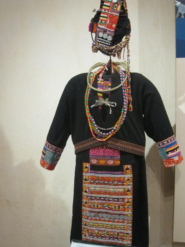 Hmong dress